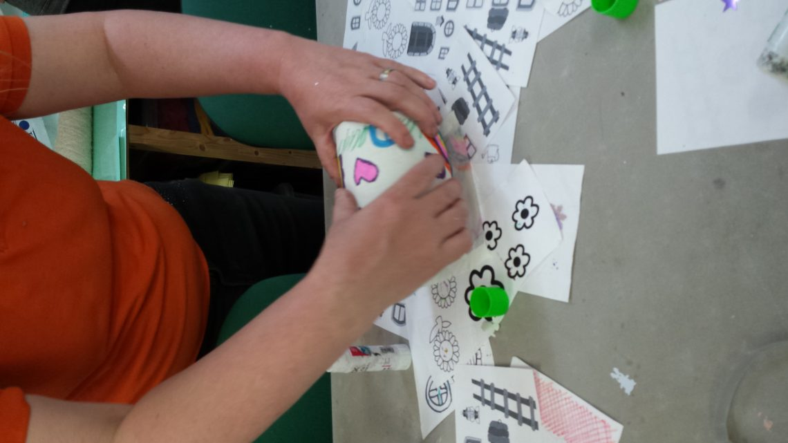 Childrens Party: Lantern Making
